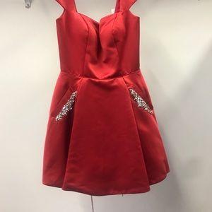 Sherri Hill 53211 Satin Red Cocktail Dress ❣️